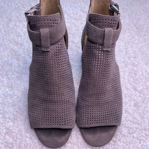 Nine West Taupe Suede Booties Size 4.5